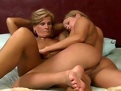 mature-swingers-wives-www-free-see-hot-women-com